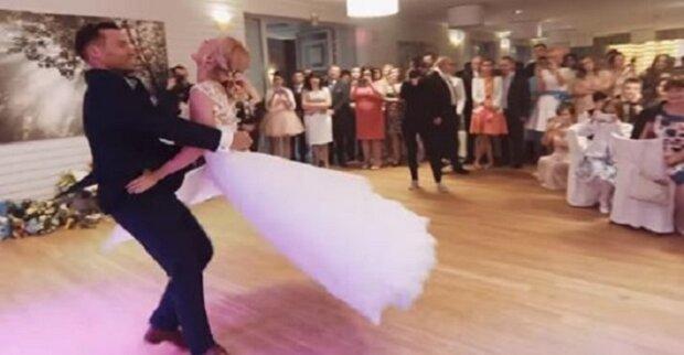 Pierwszy taniec Anety i Jacka wywołał łzy u setek osób w sieci. Ich wykonanie porusza