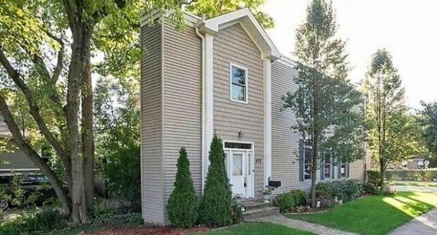 Úzký dům nabízený k prodeji v USA zmátl uživatele internetu svou velikostí