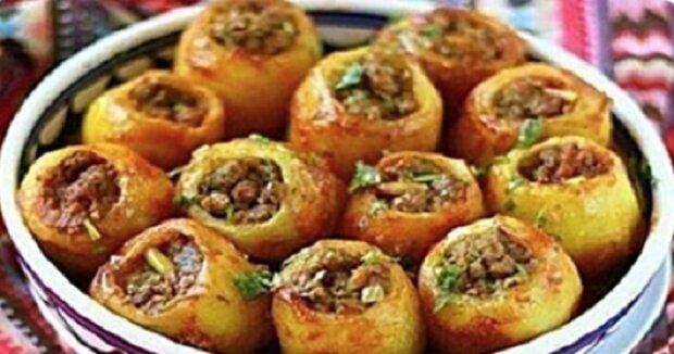 Plněné pečené brambory. Manžel mi s nimi nedá pokoj, dělám je prakticky každodenně! Jsou skvělé