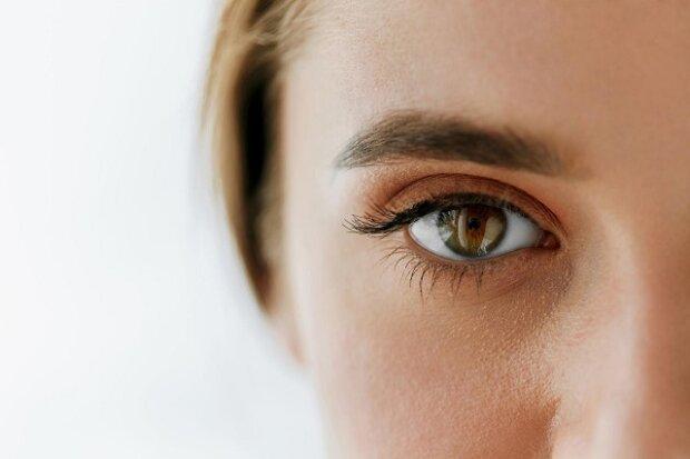 Osoby s modrýma a zelenýma očima se můžou trápit – co o vás říká barva očí?