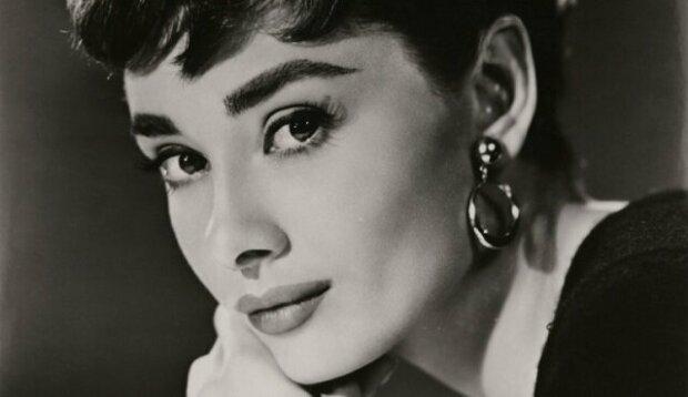 Slova Audrey Hepburnové, které by měla slyšet každá žena