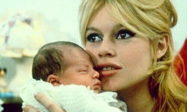 Jak dnes vypadá 60letý syn Brigitte Bardot, kterého kdysi opustila?