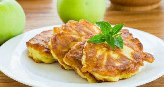 Vydatné a mega chutné jablečné palačinky k snídani