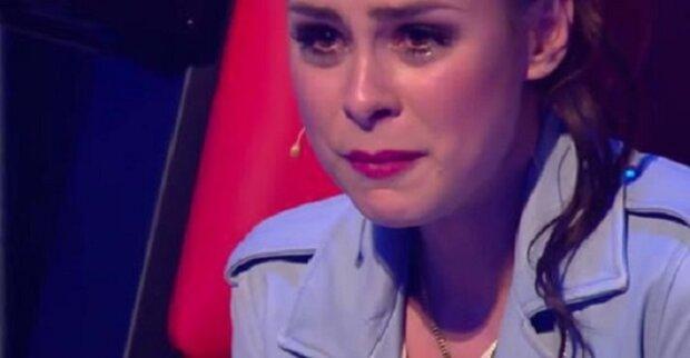 Porotci nemohli zadržet slzy, když viděli, kdo zpívá na scéně
